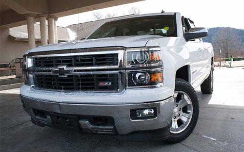 pre owned cars minivans and trucks for sale bransontruckandauto. Black Bedroom Furniture Sets. Home Design Ideas